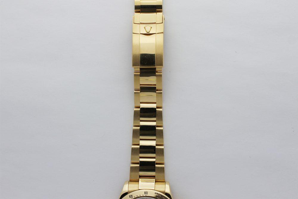 Rolex 18k Yellow Gold Daytona 116528 with Box & Booklets