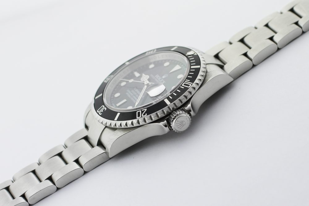 Rolex Steel Submariner Date 16610 with Box & Card