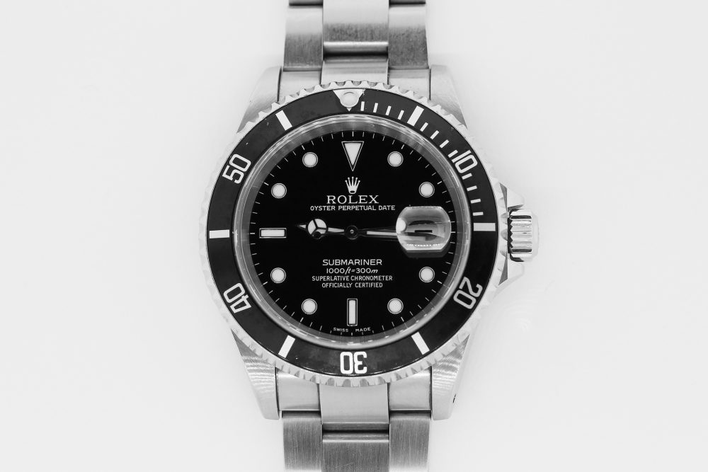 Rolex Steel Submariner Date 16610 with Box & Paper