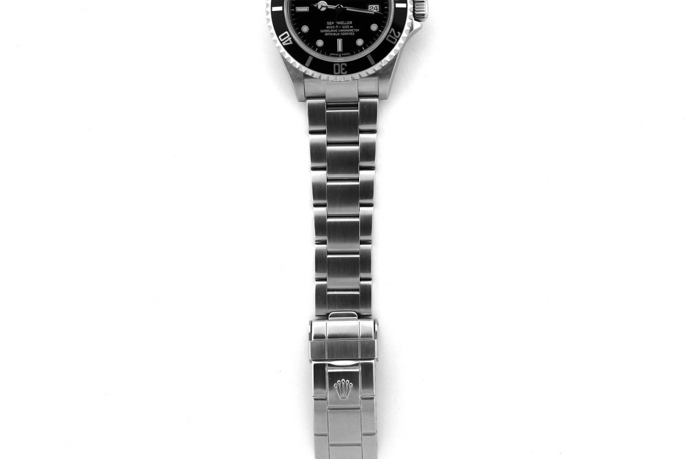 Rolex Steel Sea-Dweller 16600 Complete with Box & Paper