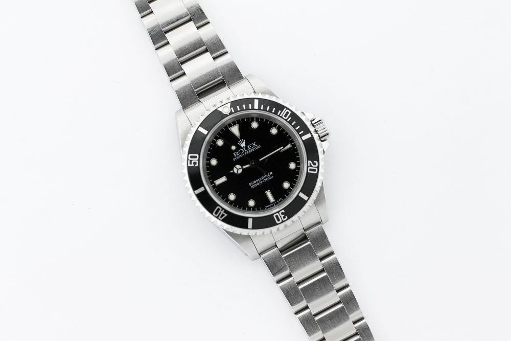 Rolex Steel Gloss Dial 2 Line Submariner 14060 with Box & Booklets